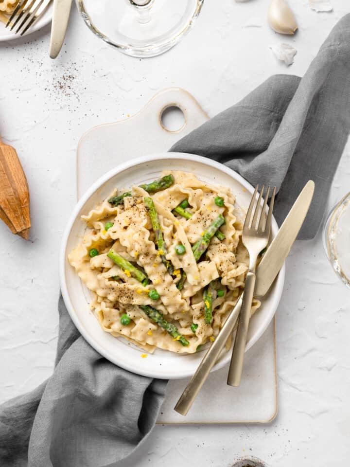close up of vegan asparagus pasta